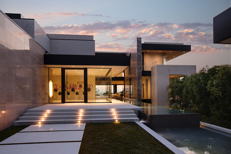 SUNSET STRIP RESIDENCE Modern houses by McClean Design Modern