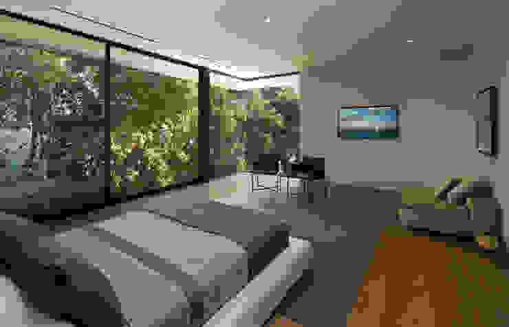 SUNSET STRIP RESIDENCE Modern style bedroom by McClean Design Modern