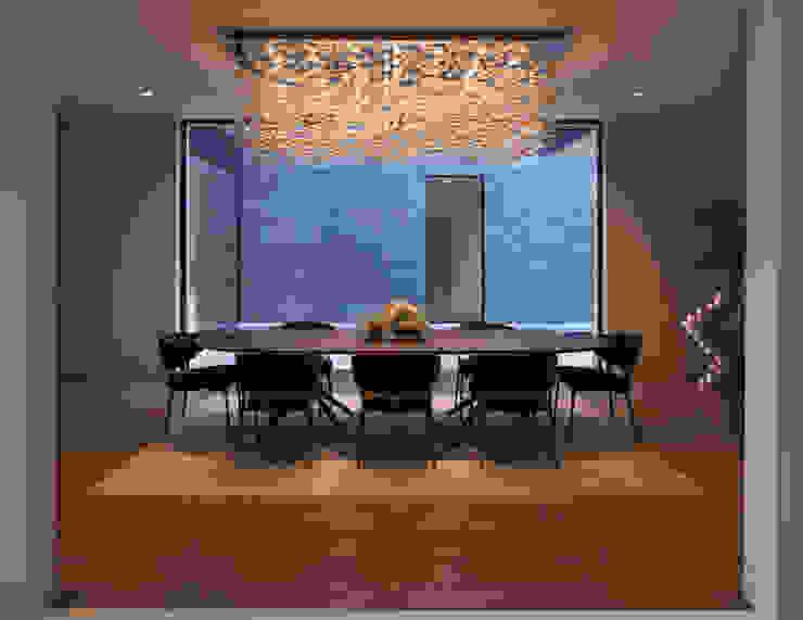 SUNSET STRIP RESIDENCE Comedores de estilo moderno de McClean Design Moderno