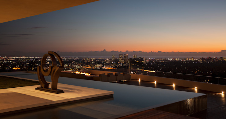 SUNSET STRIP RESIDENCE Piscinas de estilo moderno de McClean Design Moderno