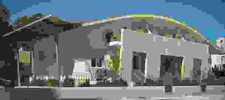 nuovo edificio plurifamiliare Case moderne di Calabrese & Iozzi Architetti Associati Moderno