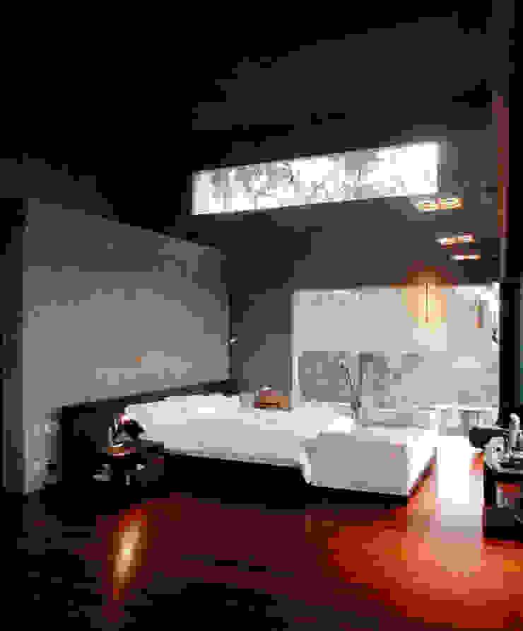 Casa KM Habitaciones de Serrano Monjaraz Arquitectos