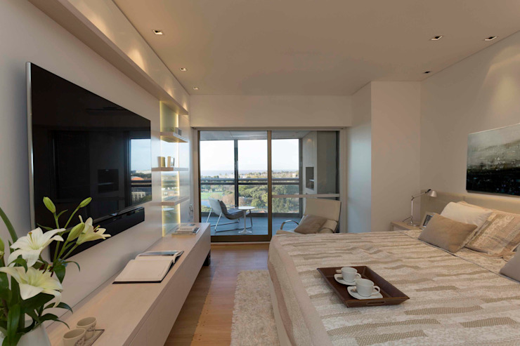 Modern style bedroom by LIVE IN Modern