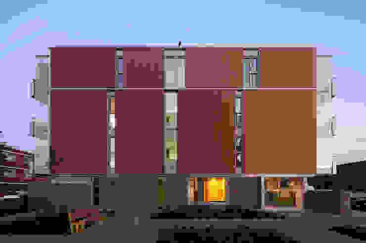 Seniorenwoningen Leidscheveen de Dijken 10 Moderne huizen van HVE Architecten bv Modern