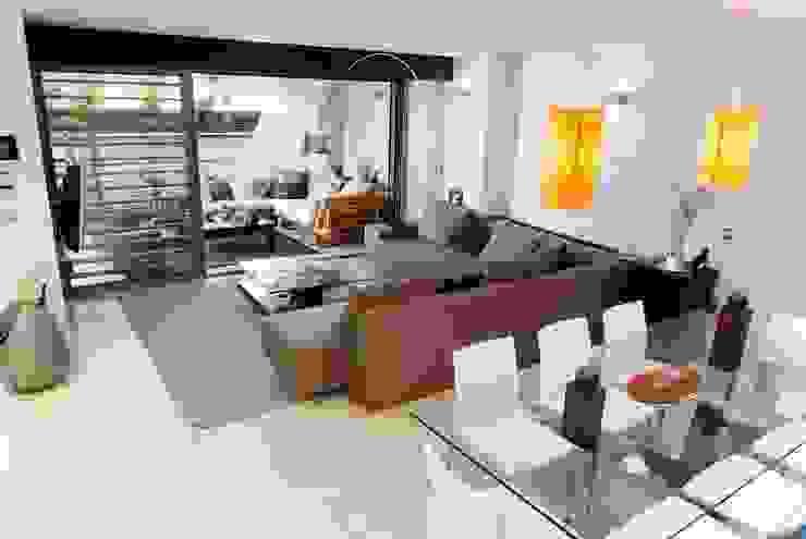 FANSTUDIO__Architecture & Design Moderne Wohnzimmer