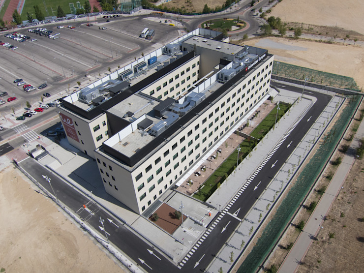 Edificio de Postgrado Espacios de A4 Arquitectos