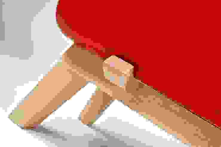 Keramos by Adriano Design di Adriano Design Moderno