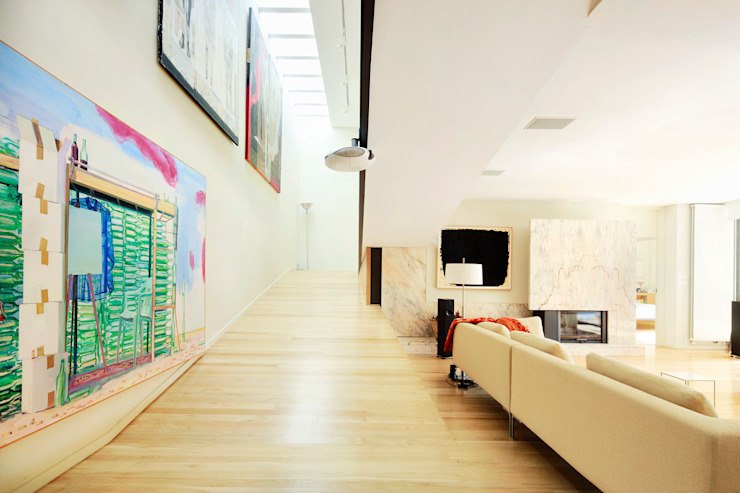 Modern corridor, hallway & stairs by Hoz Fontan Arquitectos Modern