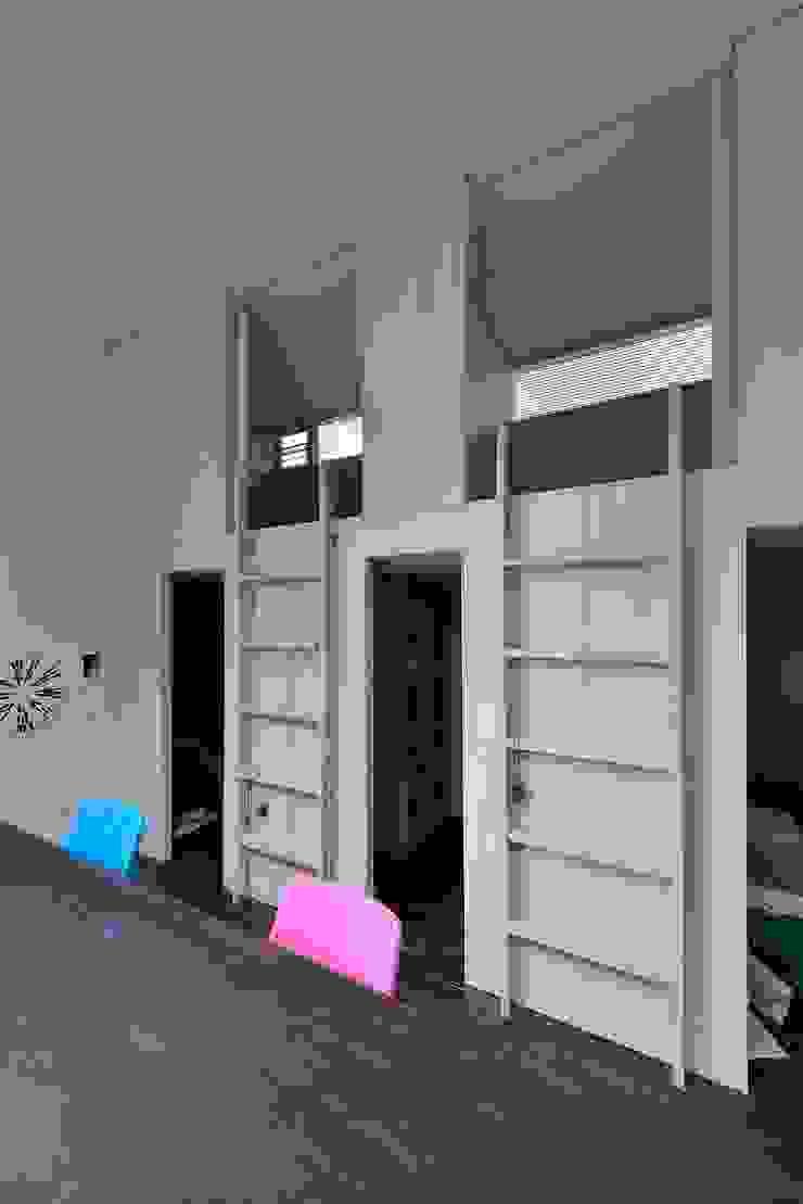 MO-HOUSE モダンデザインの 子供部屋 の 株式会社長野聖二建築設計處 モダン