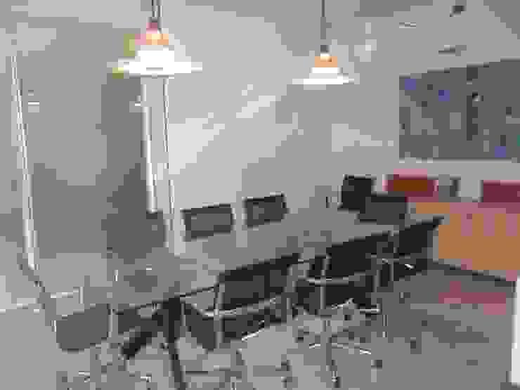 sala riunioni DOPO di ELLE HOMESTAGING Moderno