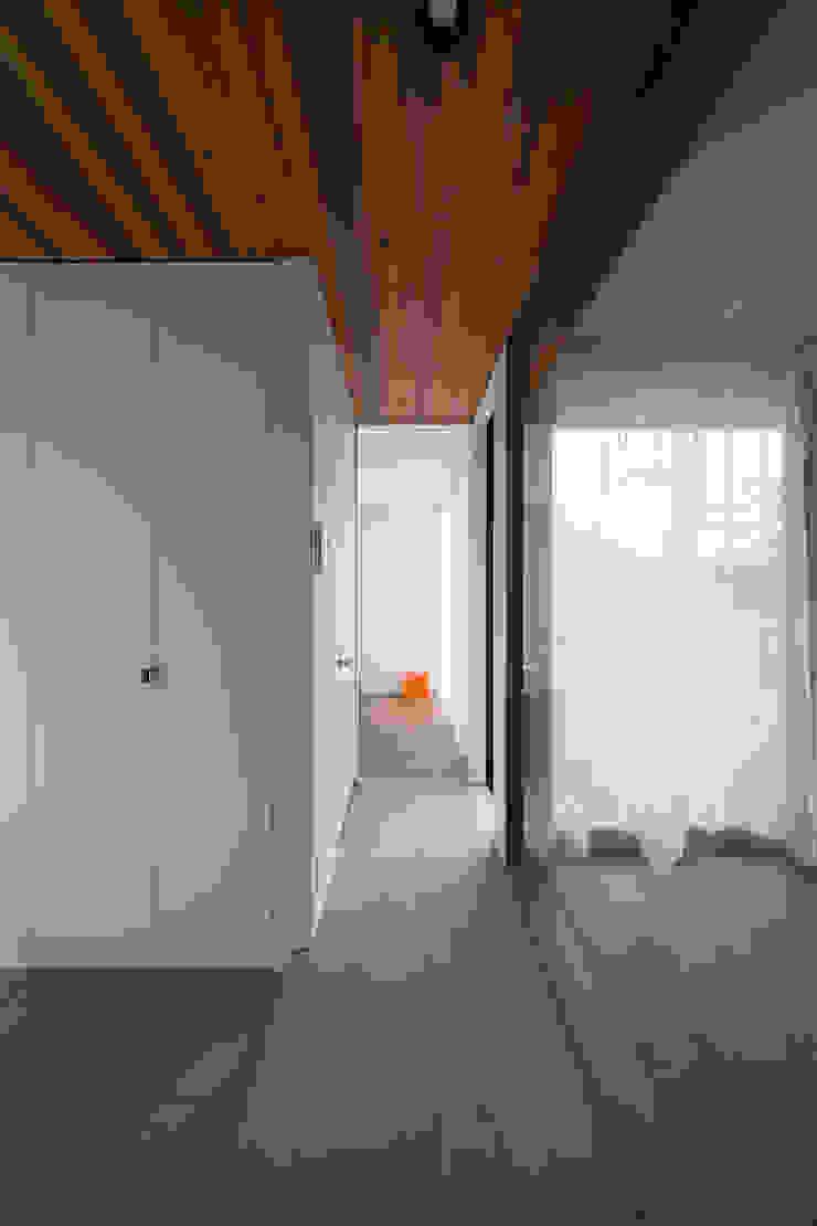 ノスタルジックグリーンハウス オリジナルな 家 の ラブデザインホームズ/LOVE DESIGN HOMES オリジナル