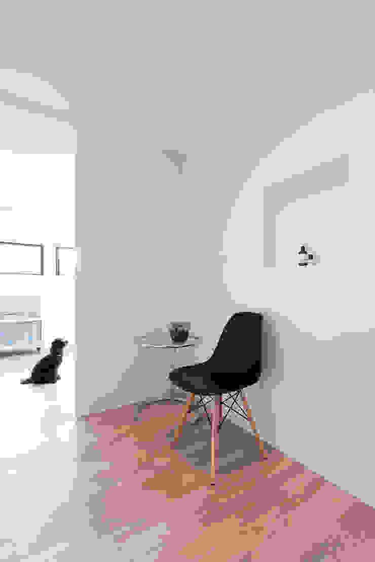 森の緑を楽しむみんなの集まる家 オリジナルスタイルの 玄関&廊下&階段 の ラブデザインホームズ/LOVE DESIGN HOMES オリジナル