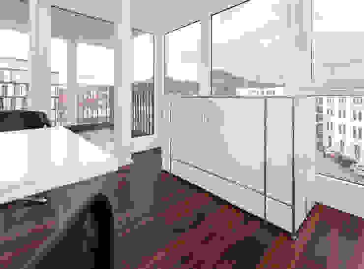 Medienmöbel Moderne Bürogebäude von PFERSICH Büroeinrichtungen GmbH Modern