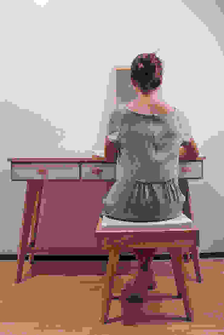 Ode to yourself: modern  door Studio Op Poten, Modern