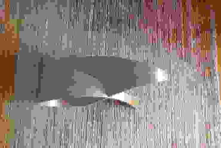 Table basse par Ebénisterie d'Art P. AVRILLA Éclectique