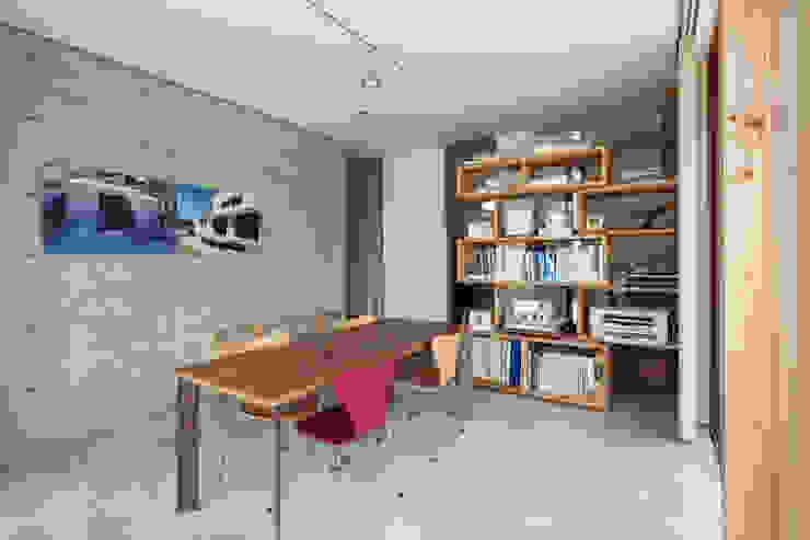 Minimalist houses by 川添純一郎建築設計事務所 Minimalist