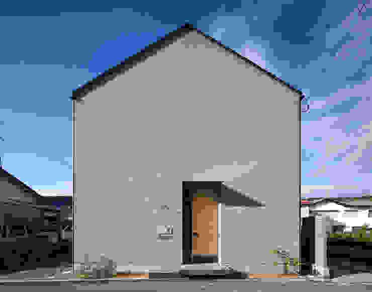 Casas minimalistas por 川添純一郎建築設計事務所 Minimalista