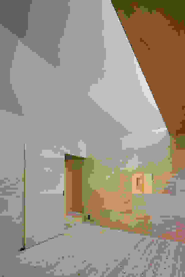 寝室 ミニマルデザインの 多目的室 の 川添純一郎建築設計事務所 ミニマル