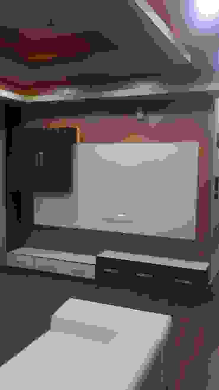 Flat Mr Singh: modern  by Studio Interiors Infra Height Pvt Ltd,Modern