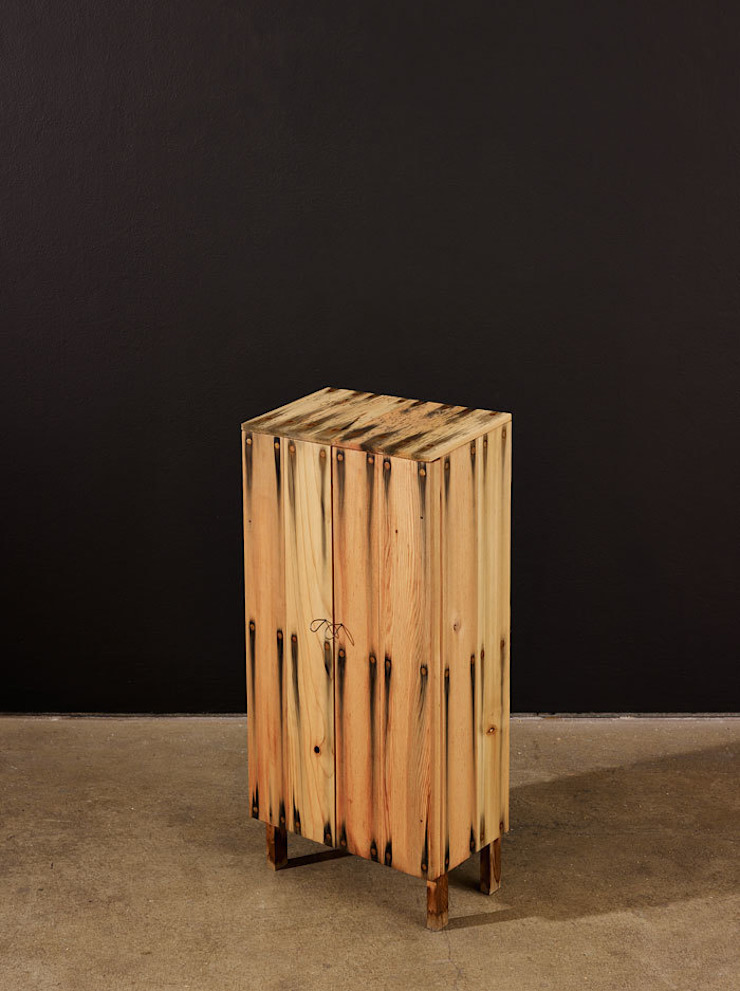 BLEED โดย Peter Marigold Objects