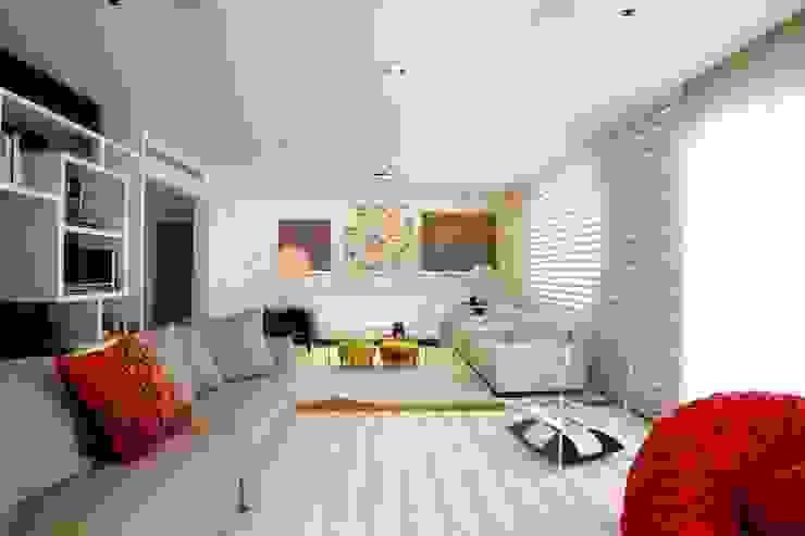 Apartamento Alto de Pinheiros (villa lobos): 450m2: Sala de estar  por Viviane Dinamarco Design de Interiores