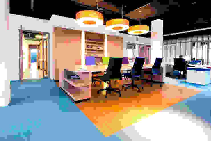 kantoor interieur Het Nieuwe Werken Moderne kantoor- & winkelruimten van No Label Modern