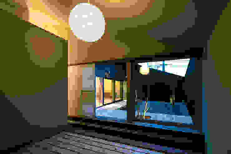 オオヤネコート モダンな 窓&ドア の 有限会社TAO建築設計 モダン