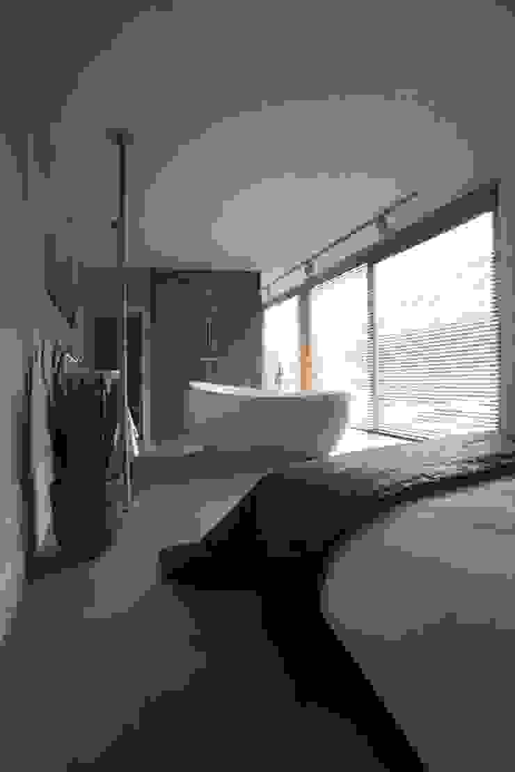 Huis Cats Moderne badkamers van Archipelontwerpers Modern