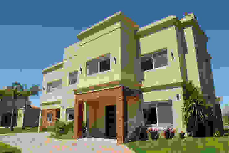 Moderne Häuser von Opra Nova - Arquitectos - Buenos Aires - Zona Oeste Modern