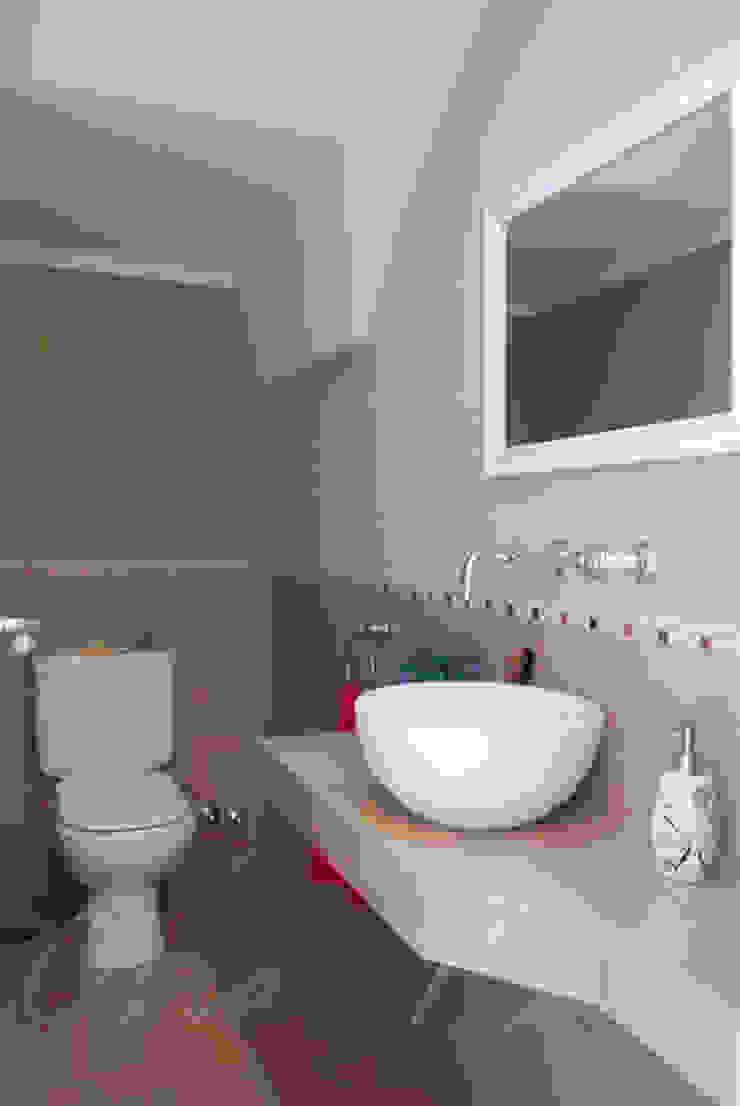 Ванная комната в стиле модерн от Opra Nova - Arquitectos - Buenos Aires - Zona Oeste Модерн