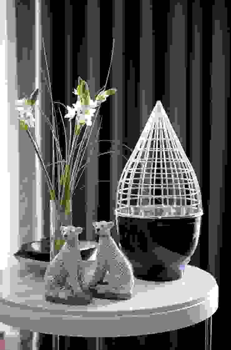 HANDE KOKSAL INTERIORS Living roomAccessories & decoration