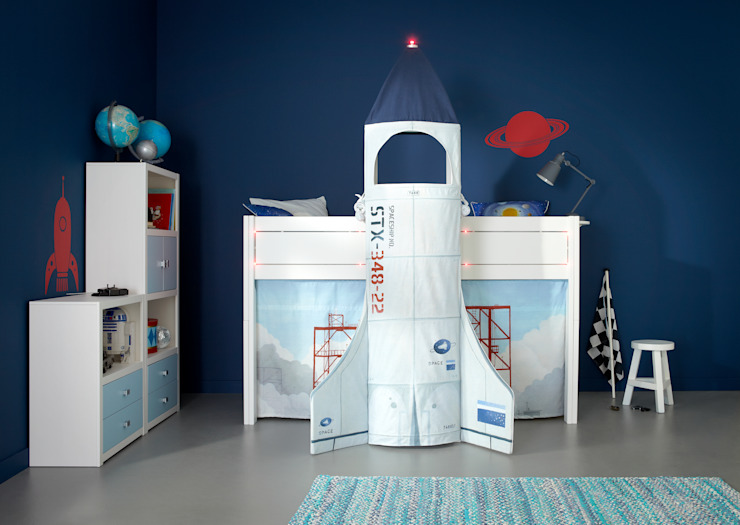 Discovery Children's Space Rocket Cabin Bed من Cuckooland حداثي