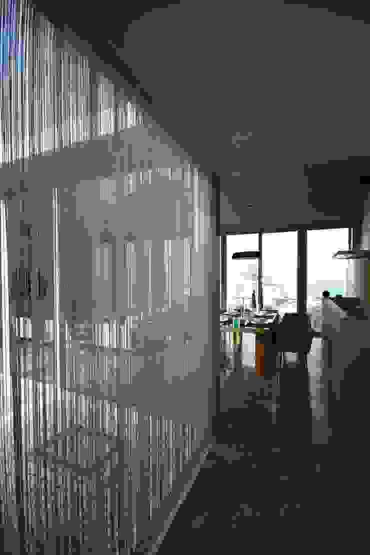 House A1 – A1 Evi Modern Pencere & Kapılar HANDE KOKSAL INTERIORS Modern