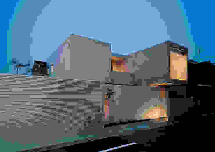 House of Kami 모던스타일 주택 by atelier m 모던 철근 콘크리트