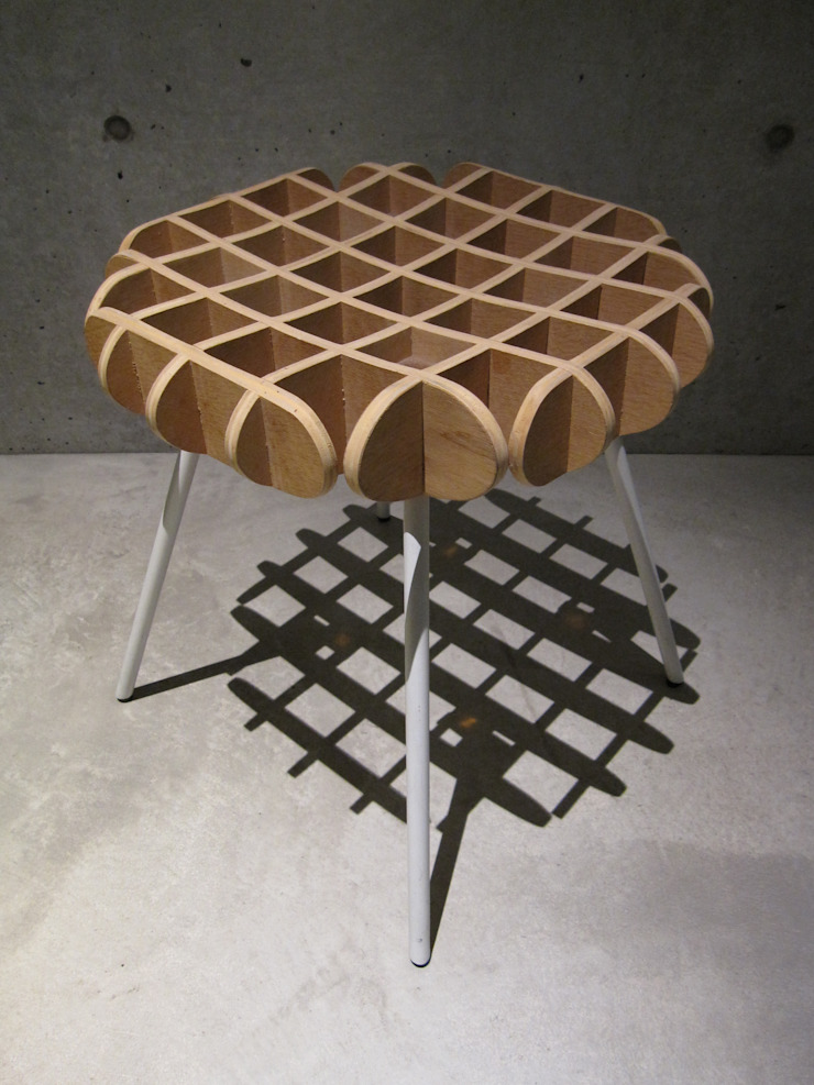 waffle chair: 川添純一郎建築設計事務所が手掛けた折衷的なです。,オリジナル