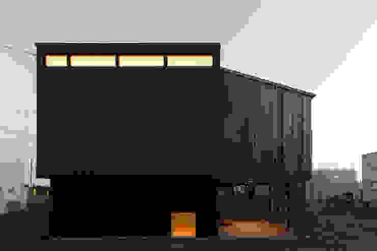 Moderne huizen van 一級建築士事務所 Atelier Casa Modern