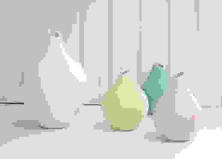 Vases Basso par SUE URE CERAMICS Moderne