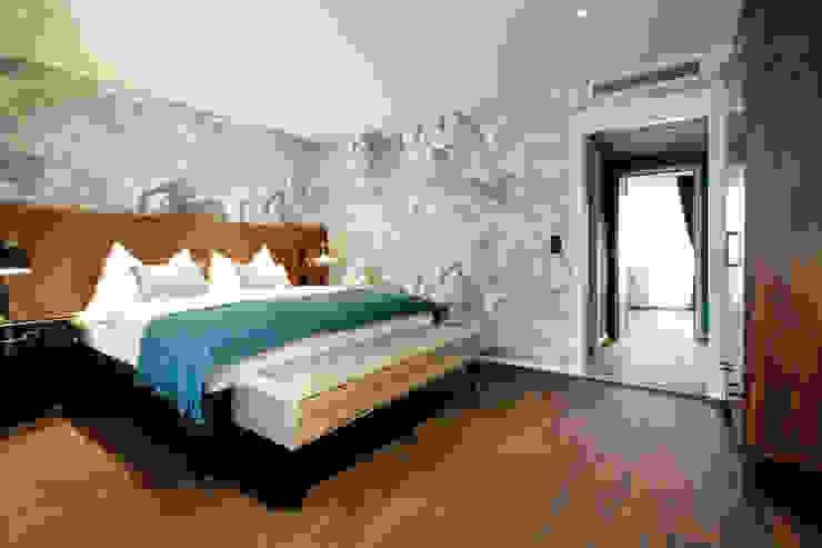 Hotel City, Zurich Modern style bedroom by Studio Frey Modern