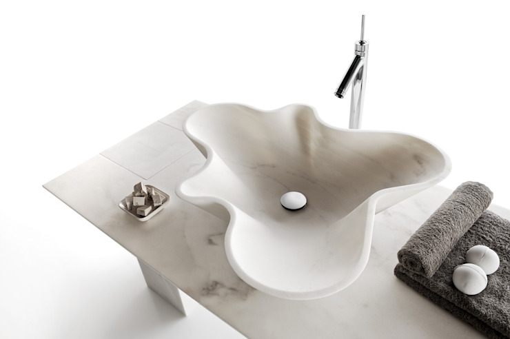 homify BathroomSinks
