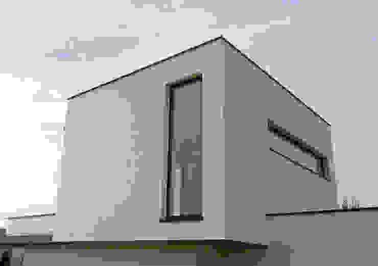 Vivienda en Rúa Aba de AD+ arquitectura Moderno