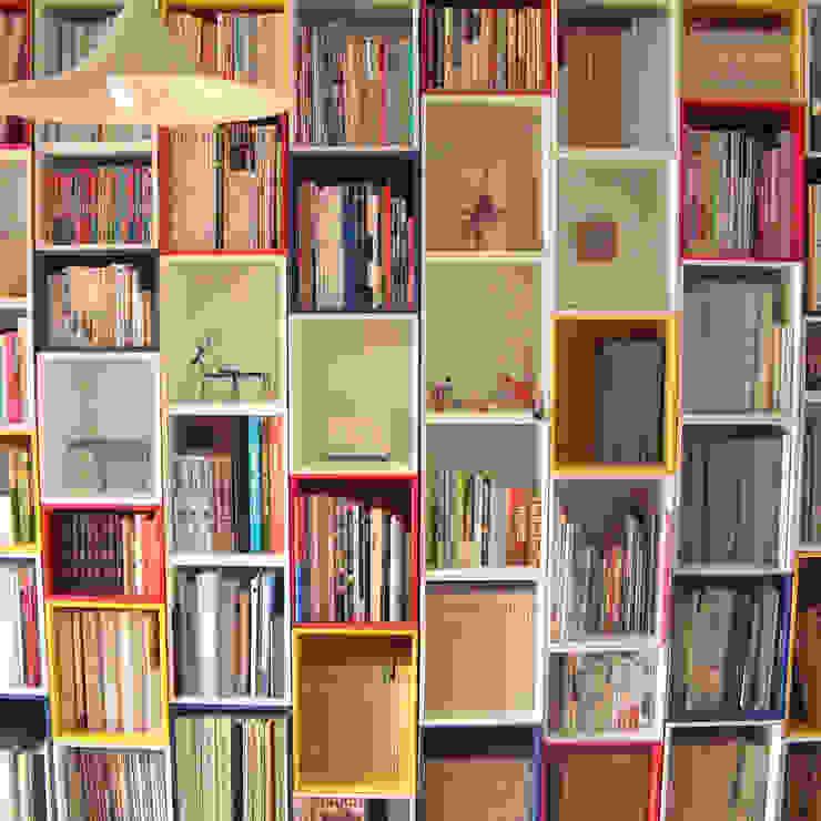 積み箱棚 / BOXES OF BLOCKS: 6th studio / 一級建築士事務所 スタジオロクが手掛けた現代のです。,モダン