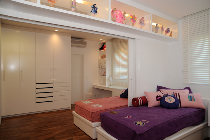 por Viviane Dinamarco Design de Interiores , Moderno
