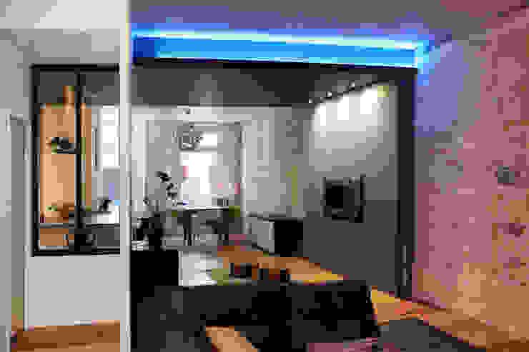 Enfilade des espaces Salle à manger moderne par BIENSÜR Architecture Moderne
