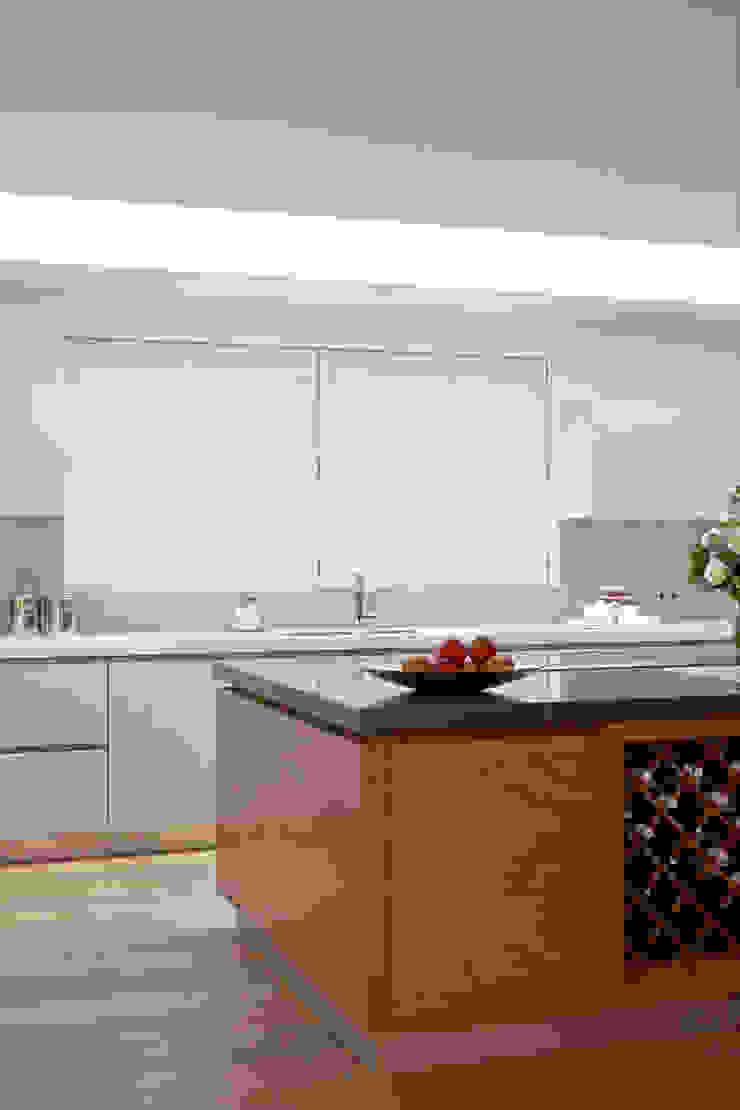 Kitchen shutters: minimalist  by The New England Shutter Company , Minimalist