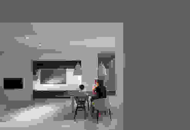obi house モダンデザインの ダイニング の ソルト建築設計事務所 モダン