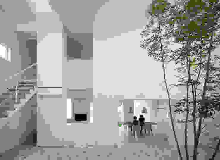 obi house: ソルト建築設計事務所が手掛けたリビングです。,モダン