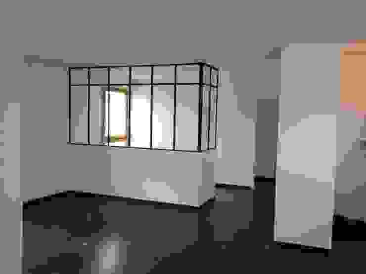 Living room by Decorexpat, Modern
