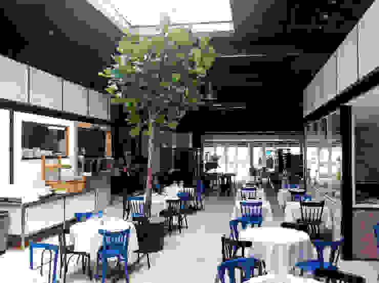Restaurant in Amsterdam van Boom in Huis / Baum im Haus / Trees in the Home