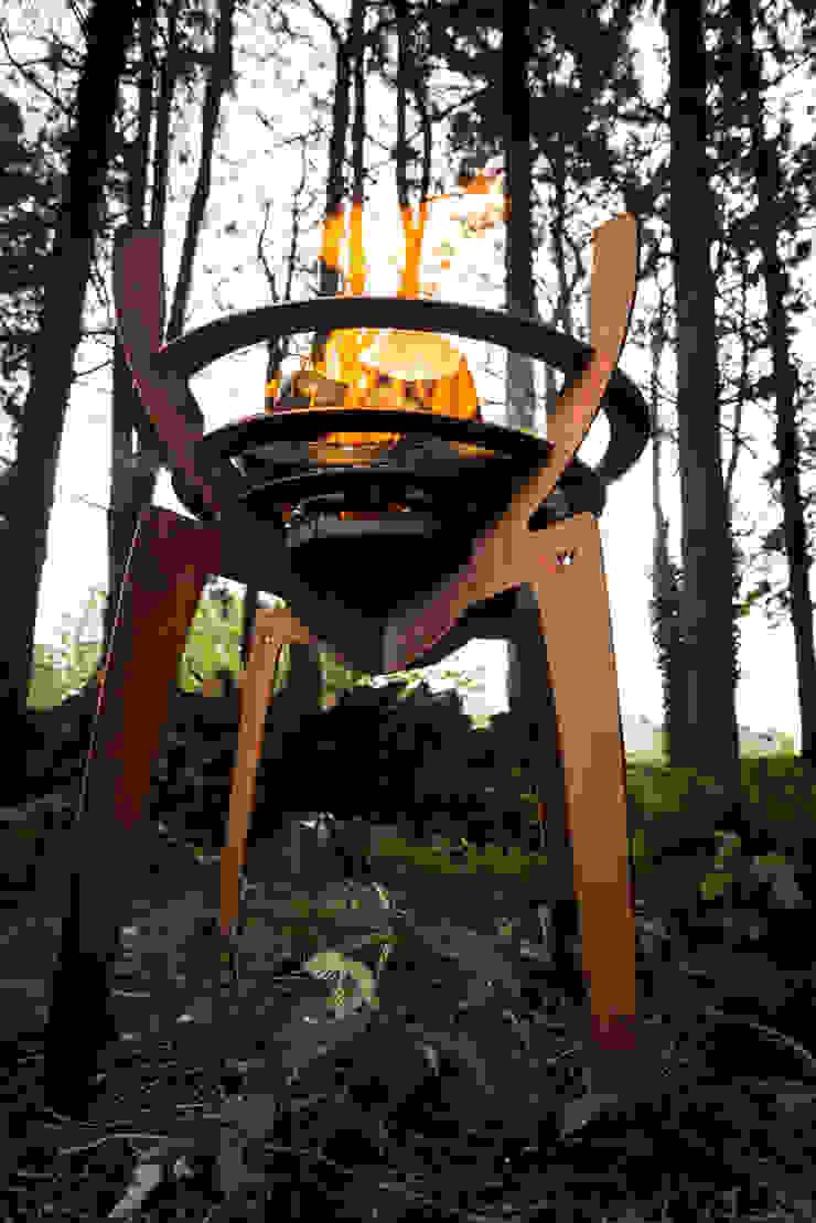 """<q class=""""-first"""">Fire Walk With Me</q>: modern  door Nik Baeyens Design Studio, Modern"""