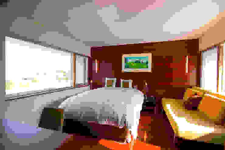 ベッドルーム モダンスタイルの寝室 の 一級建築士事務所ATELIER-LOCUS モダン